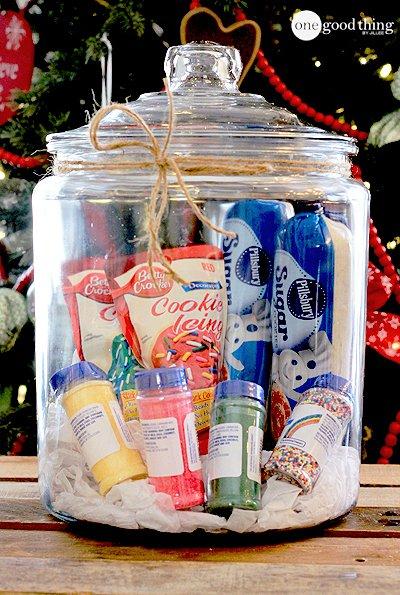 cookie-decorating-basket
