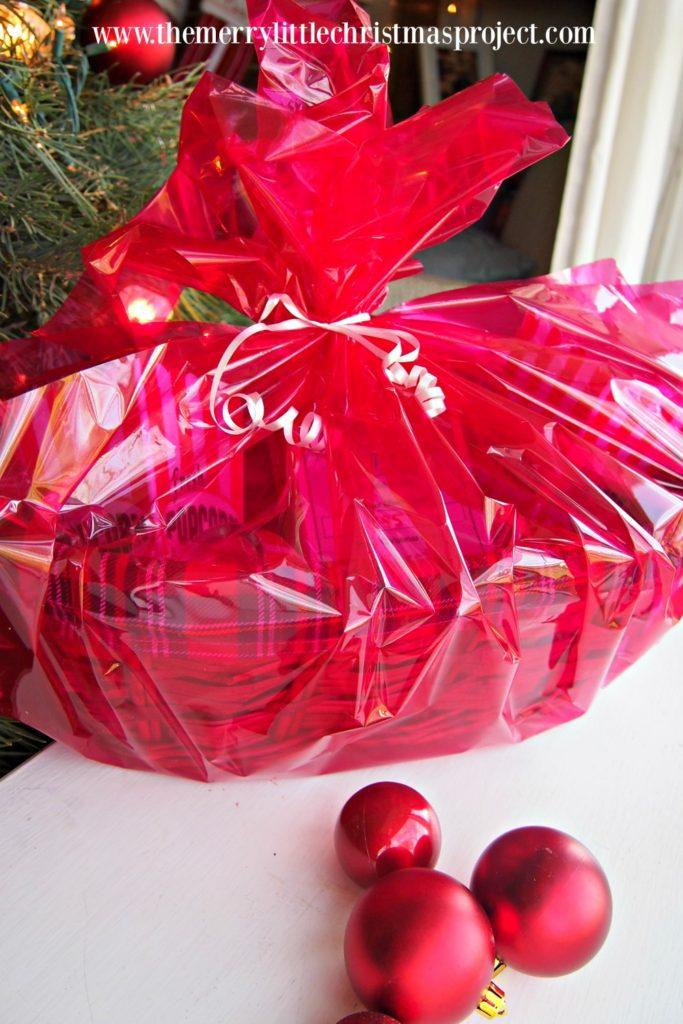 Christmas Gift Idea: Movie Night Gift Basket with Redbox Printable